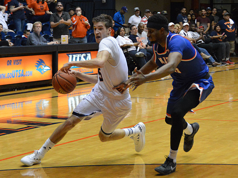 UTSA guard Giovanni De Nicolao drives against Sam Houston State at the UTSA Convocation Center on Thursday, March 22, 2018 in the quarterfinals of the CollegeInsider.com tournament.
