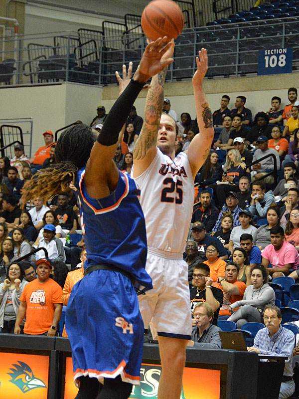 Nick Allen. UTSA lost to Sam Houston State on Thursday, March 22, 2018, at the UTSA Convocation Center in the CollegeInsider.com Tournament quarterfinals.