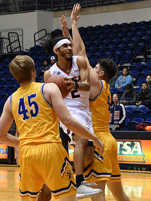 UTSA guard Jhivvan Jackson recorded 32 points and 10 rebounds to carry the Roadrunners to a 70-67 non-conference victory over Southeastern Oklahoma State on Saturday, Dec. 29, 2018, at the UTSA Convocation Center. - photo by Joe Alexander