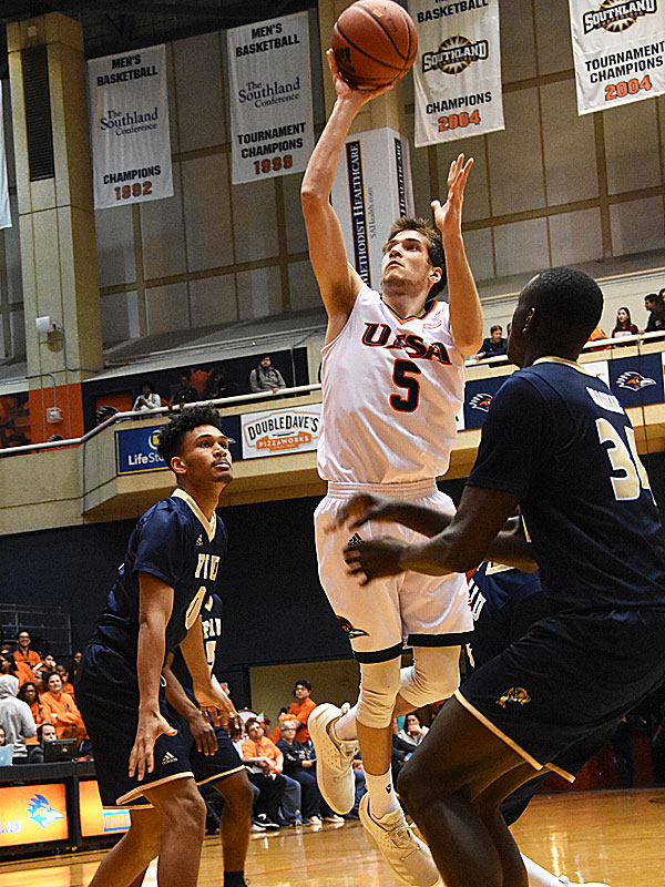 UTSA guard Giovanni De Nicolao goes in for a shot against Florida International during the Roadrunners' 100-67 victory. - photo by Joe Alexander