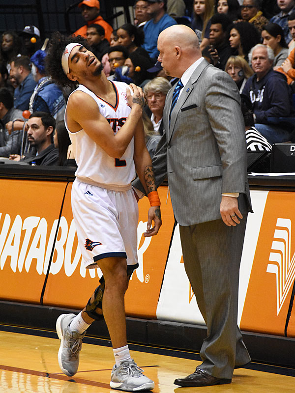 Jhivvan Jackson, coming off the floor in pain in the second half, scored a team-high 21 points for UTSA on Thursday in a 65-64 loss to Old Dominion at the UTSA Convocation Center. - photo by Joe Alexander