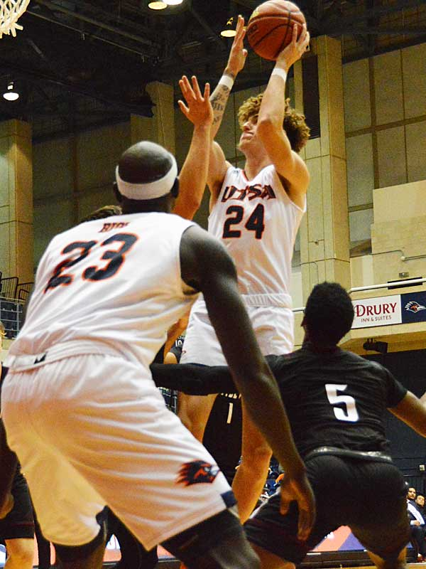 UTSA freshman Jacob Germany on Wednesday, Oct. 30. 2019 at the UTSA Convocation Center. The Roadrunners beat Texas A&M International 89-60 in an exhibition game. - photo by Joe Alexander