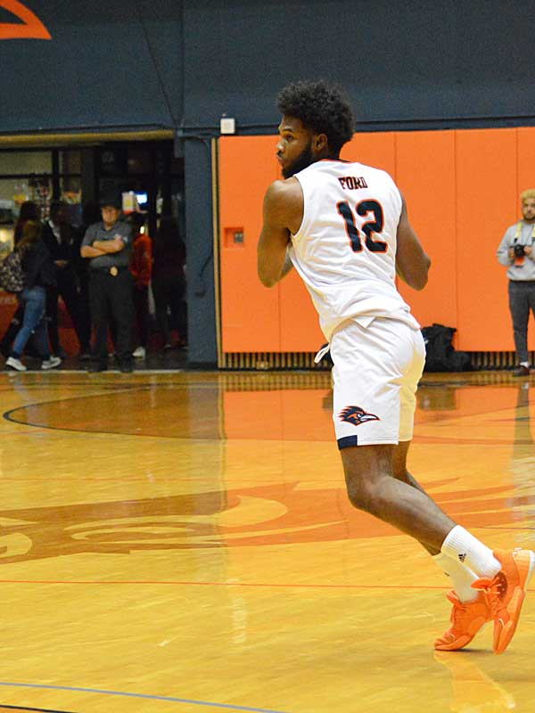 UTSA forward Phoenix Ford playing at the Convocation Center on Wednesday, Oct. 30, 2019. The Roadrunners beat Texas A&M International 89-60 in an exhibition game. - photo by Joe Alexander