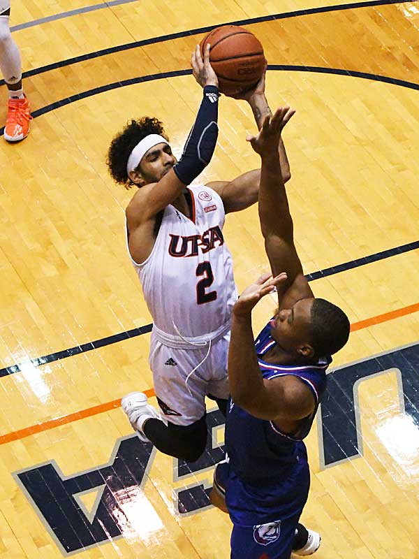Jhivvan Jackson. UTSA beat Louisiana Tech 89-73 in Conference USA on Thursday at the UTSA Convocation Center. - photo by Joe Alexander