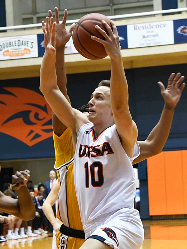 Erik Czumbel. UTSA beat Southern Miss 80-70 on Saturday for the Roadrunners' second straight Conference USA victory at the UTSA Convocation Center. - photo by Joe Alexander