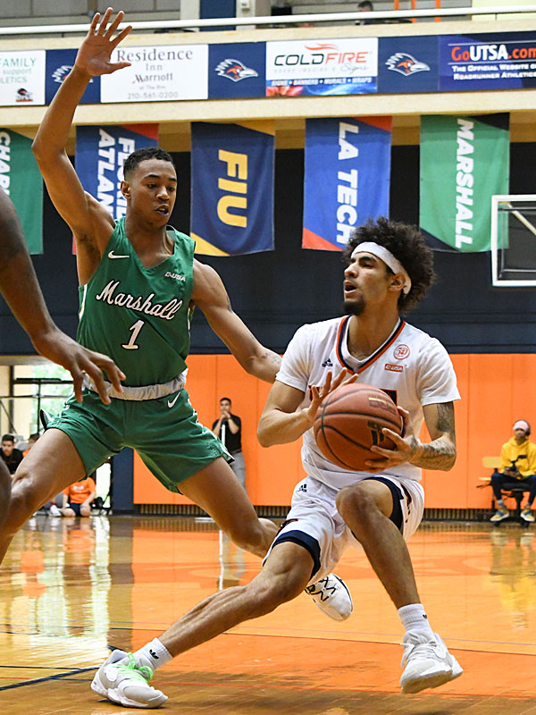 Jhivvan Jackson. UTSA lost to Marshall 82-77 Saturday in the Roadrunners' final home game of the season at the UTSA Convocation Center. - photo by Joe Alexander