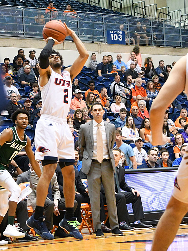 Jhivvan Jackson. UTSA came from behind in the second half to beat UAB 66-59 in a Conference USA bonus play game Sunday at the UTSA Convocation Center. - photo by Joe Alexander