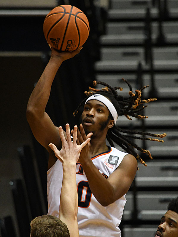 Cedrick Alley Jr. made UTSA's first two baskets of the game as the Roadrunners beat Lamar 88-66 on Tuesday, Dec. 22, 2020, at the Convocation Center. - photo by Joe Alexander