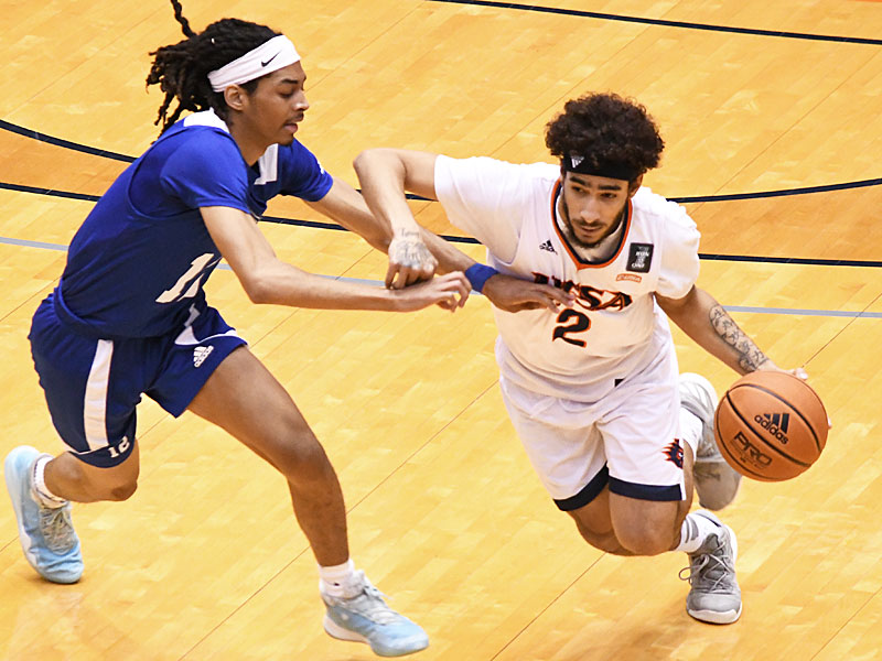 Jhivvan Jackson scored a team-high 27 points as UTSA beat Our Lady of the Lake 102-70 on Sunday, Dec. 20, 2020, at the UTSA Convocation Center. - photo by Joe Alexander