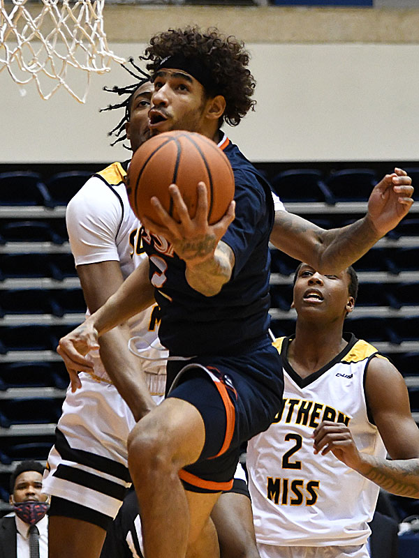 Jhivvan Jackson. UTSA beat Southern Miss 78-72 in Conference USA action at the Convocation Center on Saturday, Jan. 23, 2021. - photo by Joe Alexander