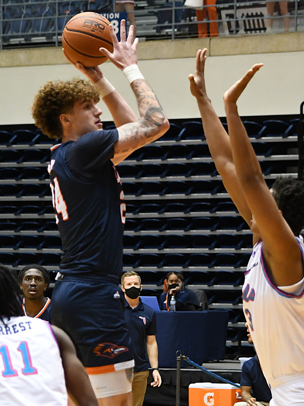 Jacob Germany. UTSA beat Florida Atlantic 86-75 at the Convocation Center on Saturday, Feb. 13, 2021, in the second game of a Conference USA men's college basketball back-to-back. - photo by Joe Alexander