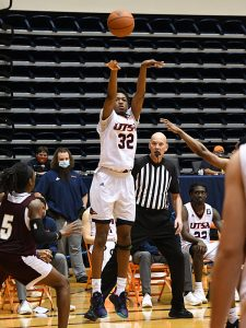 Isaiah Addo-Ankrah. UTSA beat Southwestern Adventist from Keene, Texas, 123-43 in a non-conference game on Thursday, March 4, 2021, at the UTSA Convocation Center. - photo by Joe Alexander